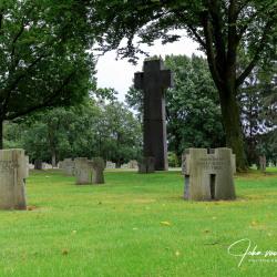 Hurtgen-Duitse-begraafplaats-11