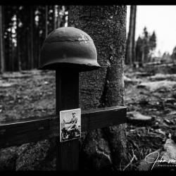 Hurtgenwald-Monument-Robert-Cahow