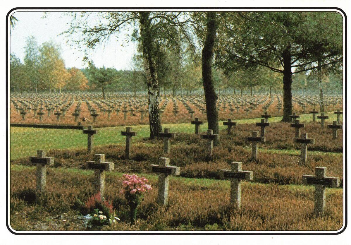 Uitzicht over de begraafplaats