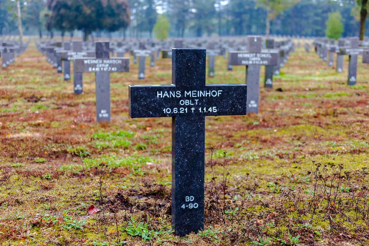 Hans-Meinhof-zwarte-steen