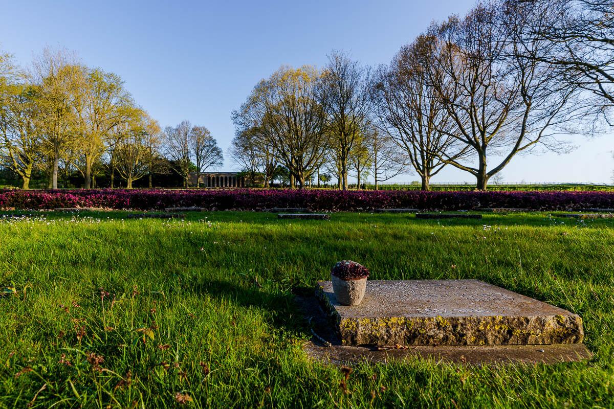 Hooglede-Duitse-begraafplaats-overzicht