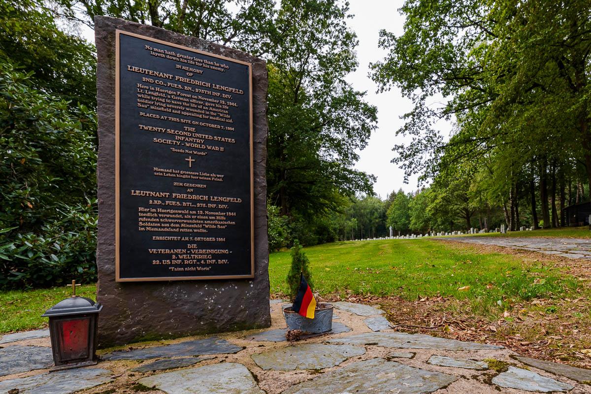 Monument Friedrich Lengfeld