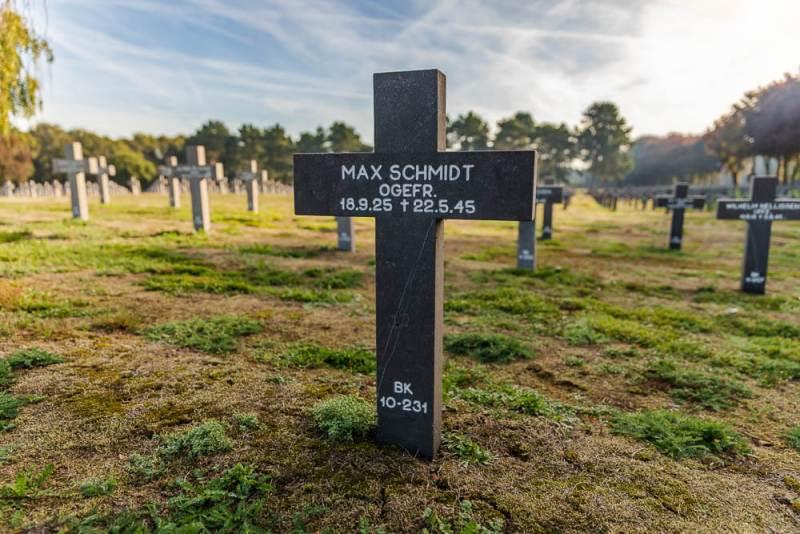 1_Max-Schmidt