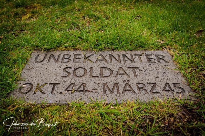 Unbekannter-soldat-okt44-marz45